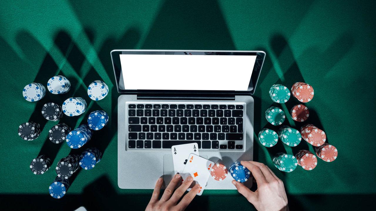 1xbet bet poker